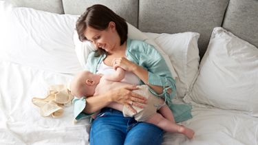 Best breastfeeding positions: Laid-back or reclined position