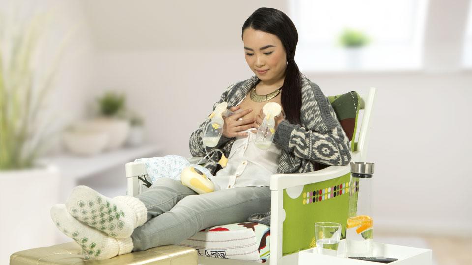 When Do Pregnant Women Start Producing Breast Milk  Medela-1187